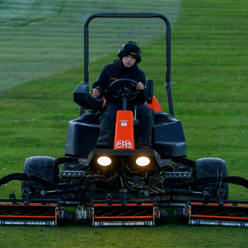 Jacobsen LF570 T4I Mower